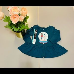 George Baby girl tunic top. Size:3-6 mos. New.